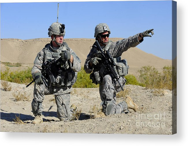 Middle East Acrylic Print featuring the photograph U.s. Army Soldiers Familiarize by Stocktrek Images