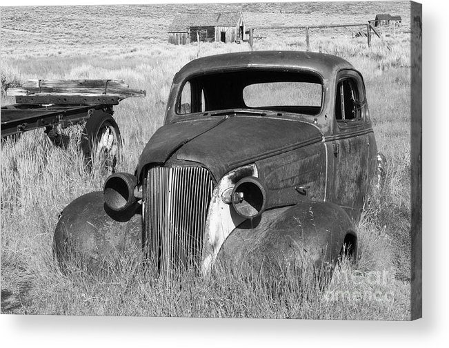 Vintage Cars Acrylic Print featuring the photograph A Ride To The Past by Sandra Bronstein