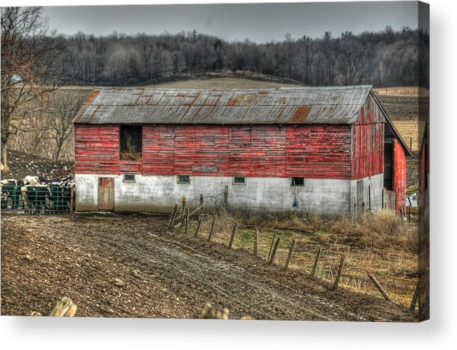 Rcouper Acrylic Print featuring the photograph Hill Barn by Rick Couper