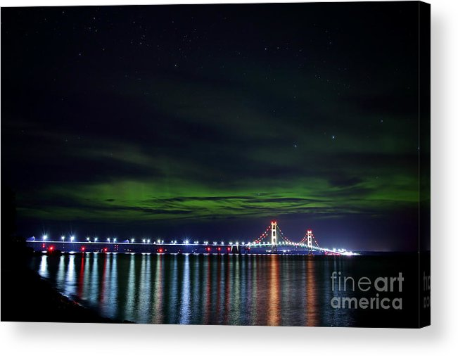Big Mac Acrylic Print featuring the photograph Aurora Over The Big Mac by Dale Niesen