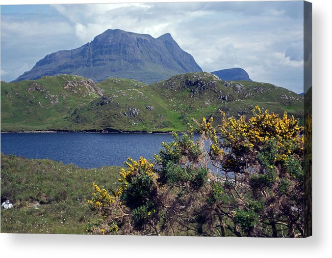 Mountain Acrylic Print featuring the photograph Cul Mor by Steve Watson
