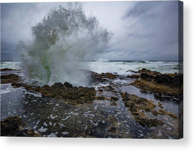 Oregon Coast Acrylic Print featuring the photograph Extra Splash by Ashlyn Gehrett