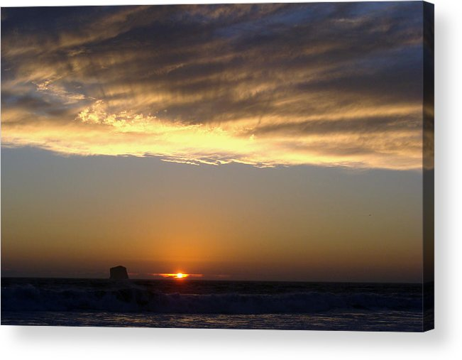 Olympics Acrylic Print featuring the photograph Fading Daylight by Ty Nichols