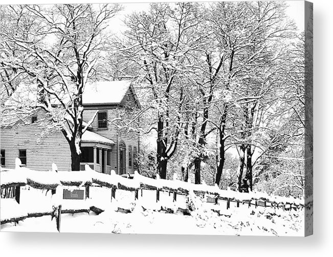 Blizzard Acrylic Print featuring the photograph Farmhouse In Winter by Roger Soule