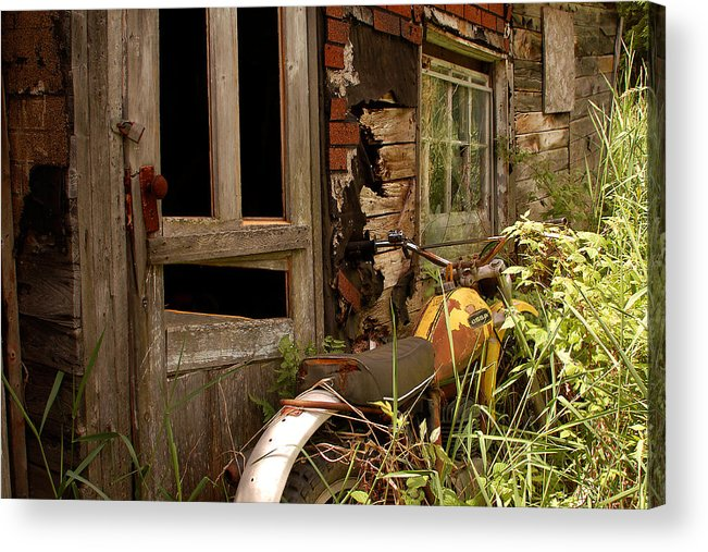 Old Buildings Acrylic Print featuring the photograph Forgotten by Linda McRae