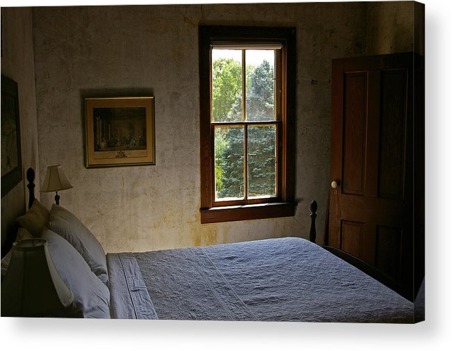 Bedroom Acrylic Print featuring the photograph Grandma by Tom Reynen
