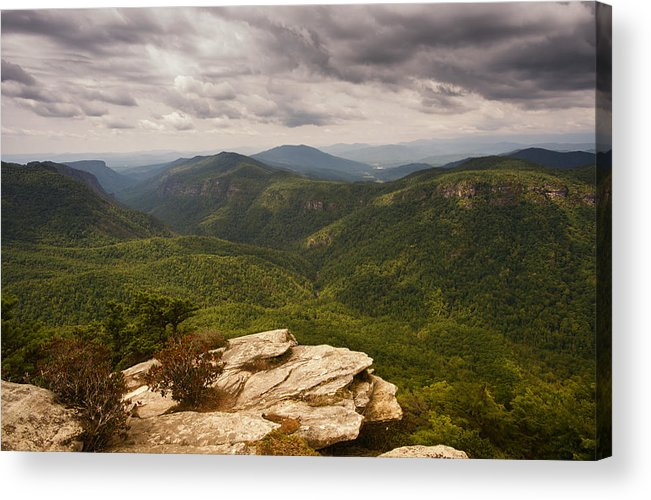 Hawksbill Mountain Acrylic Print featuring the photograph Green Gorge by Reid Northrup