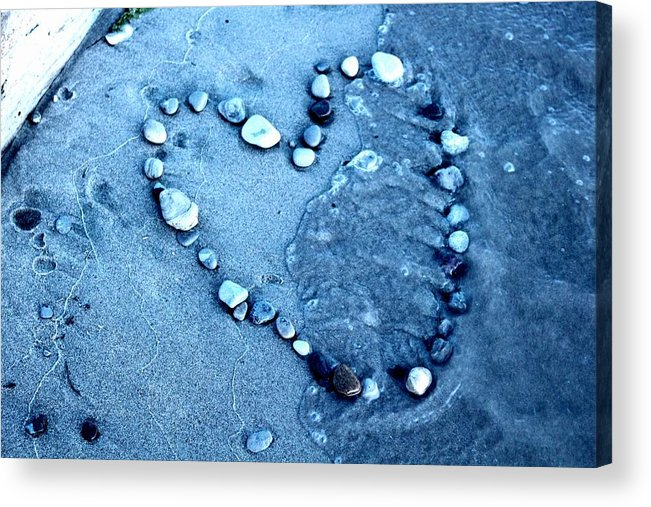 Acrylic Print featuring the photograph Heart by Robyn Doig