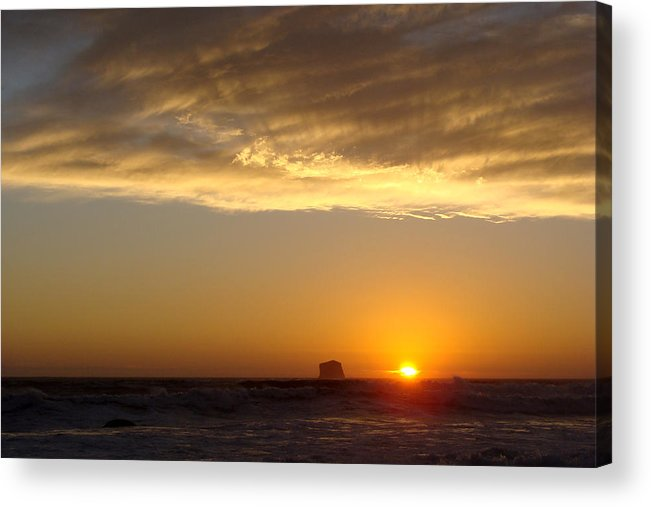 Sunset Acrylic Print featuring the photograph Heavenly Rays by Ty Nichols