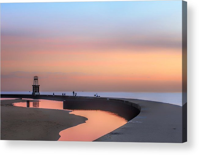 Dawn Acrylic Print featuring the photograph Hook Pier Lighthouse - Chicago by Nikolyn McDonald