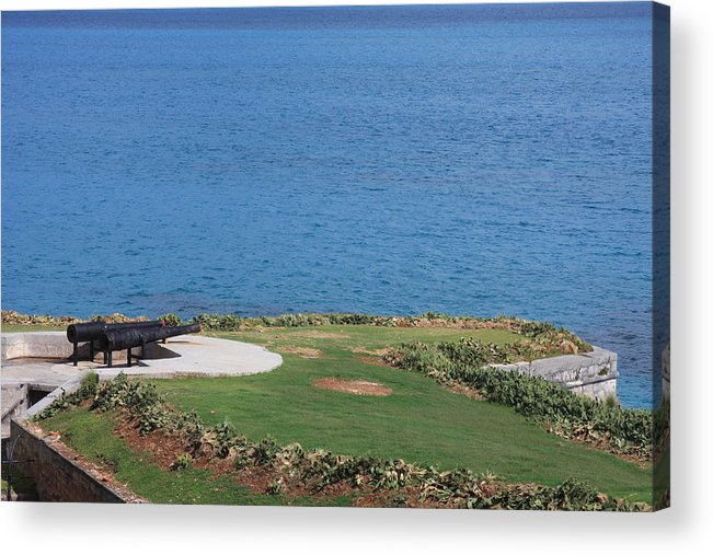 Bermuda Acrylic Print featuring the photograph Naval Sea Gun by William Rogers