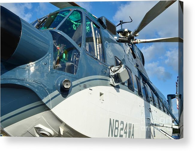 Sikorsky S-61n Acrylic Print featuring the photograph Sikorsky S-61n by Lynda Dawson-Youngclaus