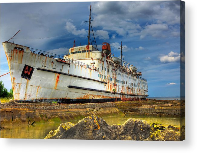 Hdr Acrylic Print featuring the photograph The Duke by Adrian Evans