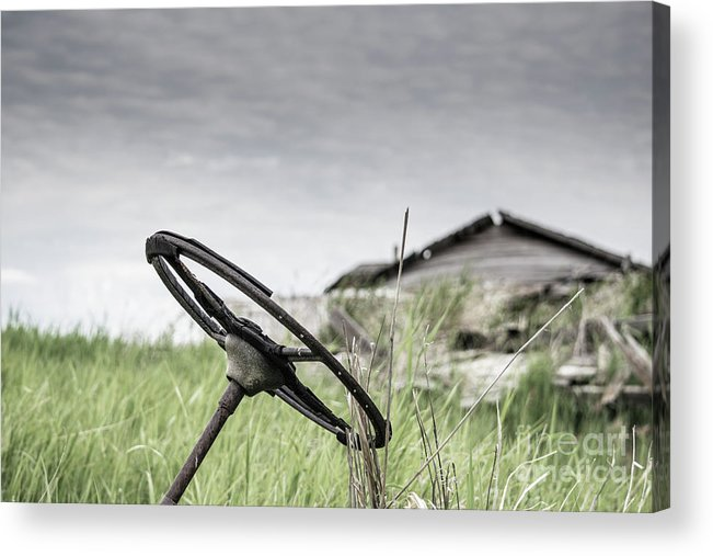 Grey Sky Acrylic Print featuring the photograph The Wheel by Bastiaan De Peuter