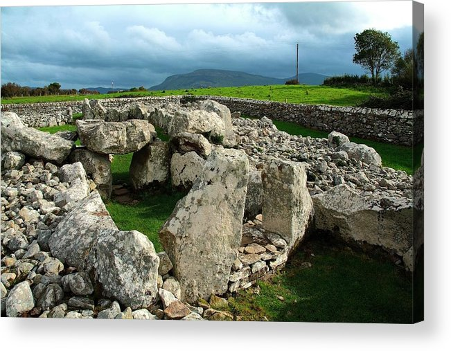 Place Of Burial Acrylic Print featuring the photograph Creevykeel Pre-historic Burial Site by Peter Zoeller