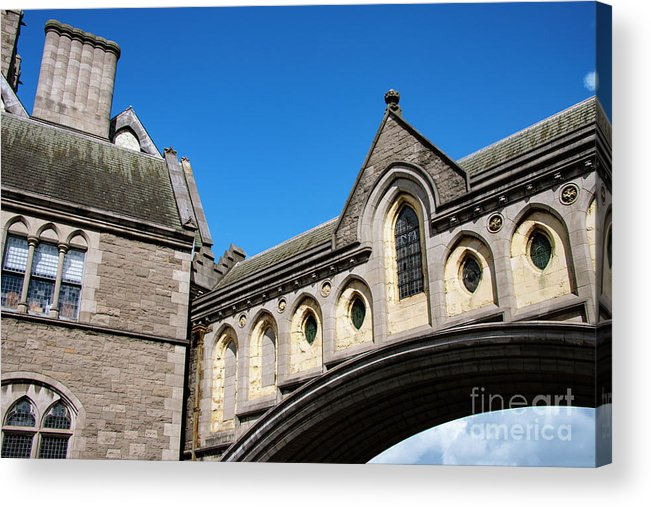 Dublin Acrylic Print featuring the photograph Winetavern Street Arch by Bob Phillips