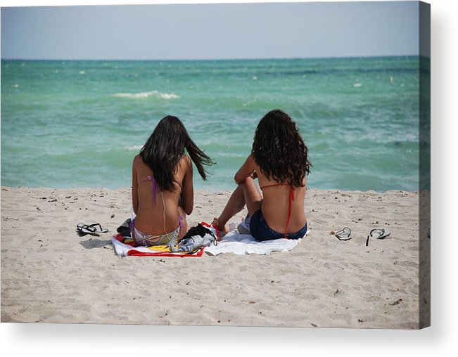 Women Acrylic Print featuring the photograph Beauties On The Beach by Rob Hans