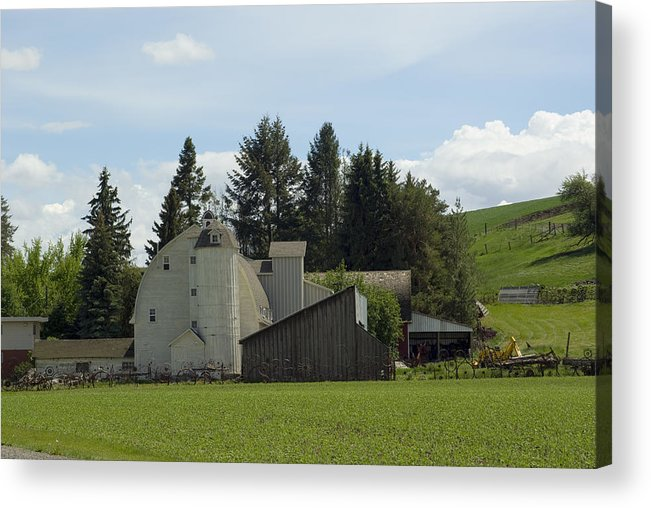 Barn Acrylic Print featuring the photograph Dahmen Barn Historical by Louise Magno
