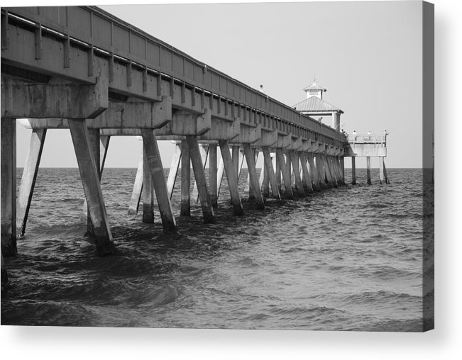 Architecture Acrylic Print featuring the photograph Deerfield Beach Pier by Rob Hans