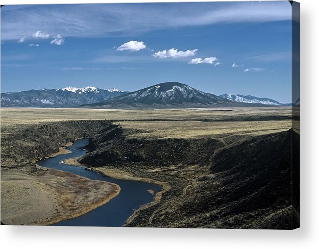 Landscape Acrylic Print featuring the photograph Gorge Beginning by Lynard Stroud