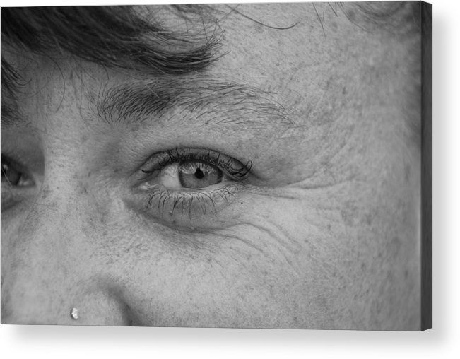 Black And White Acrylic Print featuring the photograph I See You by Rob Hans