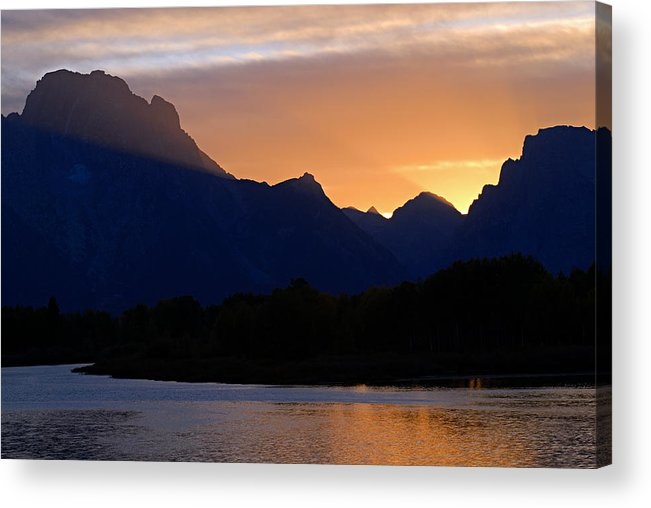 Oxbow Bend Acrylic Print featuring the photograph Last Light Of Day by Larry Ricker