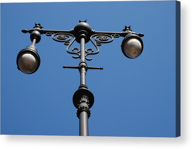 Lamppost Acrylic Print featuring the photograph Old Lamppost by Rob Hans
