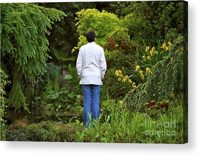 Garden Acrylic Print featuring the photograph Peaceful Thought's by Mark Stevens