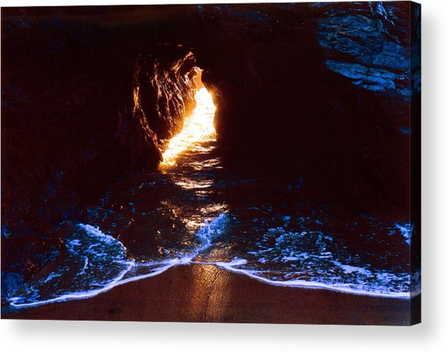 Ocean Acrylic Print featuring the photograph Sun In The Hole In The Rock 3 by Lyle Crump