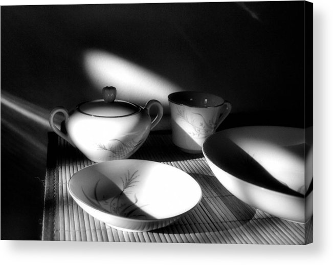 Elegant Acrylic Print featuring the photograph Elegant by Tom Druin