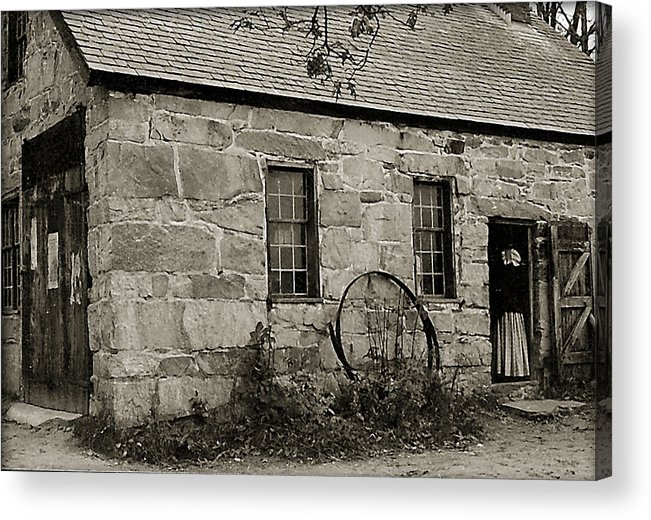 Stone Cottage Acrylic Print featuring the photograph Old Cottage by Pat Carosone