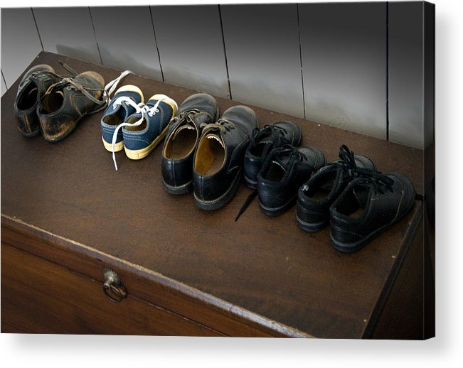 Amish Acrylic Print featuring the photograph Ready For School by Fred Lassmann
