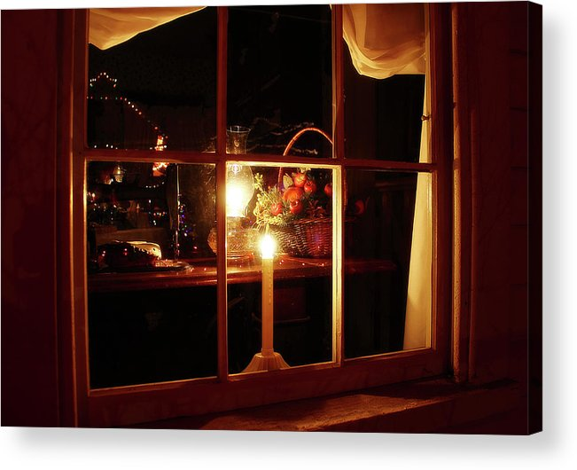 Hovind Acrylic Print featuring the photograph Winter Warmth by Scott Hovind