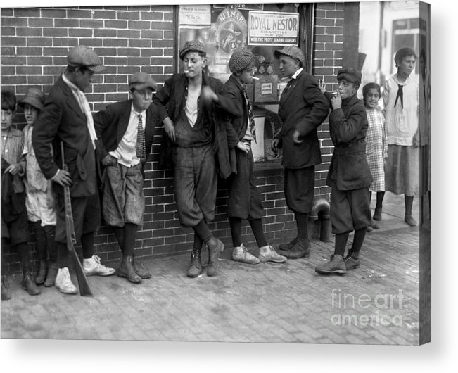 1916 Acrylic Print featuring the photograph Massachusetts: Gang, C1916 by Granger