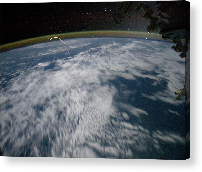 Atlantis Acrylic Print featuring the photograph Final Space Shuttle Returning To Earth by Nasa/science Photo Library