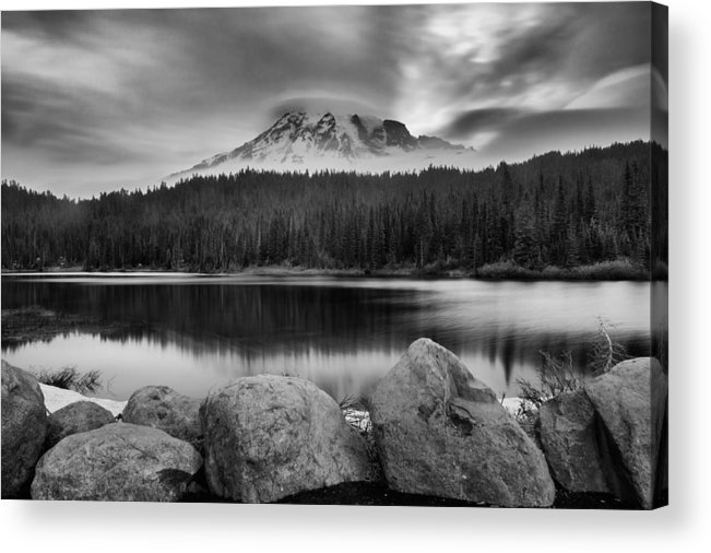 Mount Rainier Acrylic Print featuring the photograph Cloud Show by Manju Shekhar