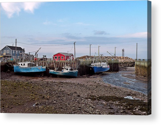 Low Tide Acrylic Print featuring the photograph Low Tide At Harbourville Nova Scotia by Brian Chase