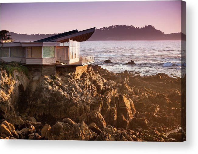 Water's Edge Acrylic Print featuring the photograph Luxury Home Overlooks The Big Sur by Pgiam