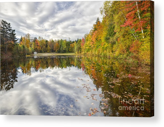 America Acrylic Print featuring the photograph New England Autumn - White Mountains New Hampshire Usa by Erin Paul Donovan