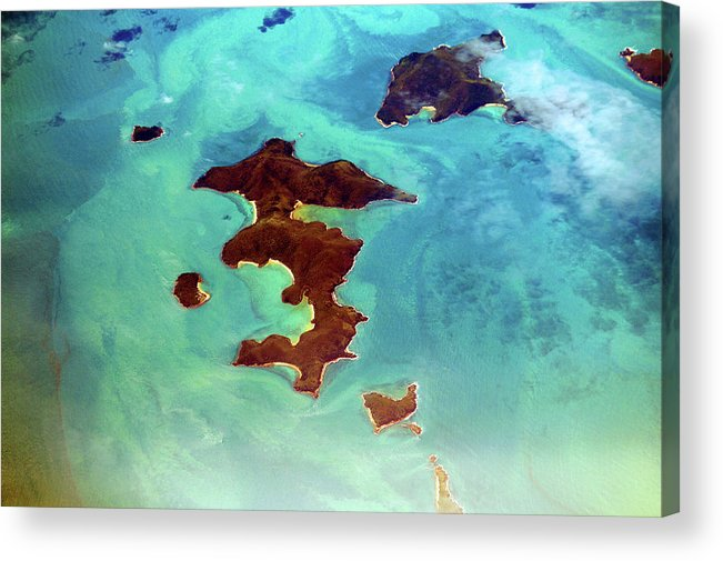 Scenics Acrylic Print featuring the photograph Whitsunday Islands by Photography By Mangiwau
