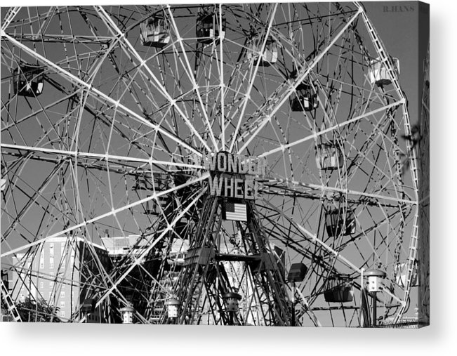 Brooklyn Acrylic Print featuring the photograph Wonder Wheel Of Coney Island In Black And White by Rob Hans