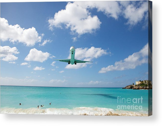 Flying Acrylic Print featuring the photograph Final Approach by Kim Fearheiley