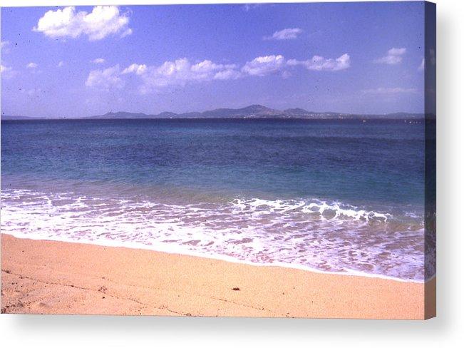 Kinawa Acrylic Print featuring the photograph Okinawa Beach 16 by Curtis J Neeley Jr
