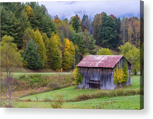 Blue Ridge Parkway Acrylic Print featuring the photograph Tenessee Roadside Barn by Rick Dunnuck