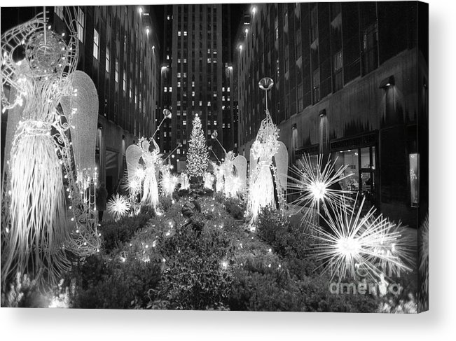 Holiday Acrylic Print featuring the photograph Christmas Tree At Rockefeller Center by Bettmann