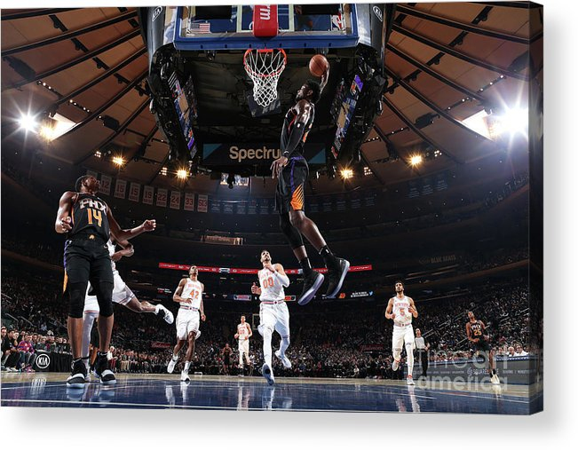 Nba Pro Basketball Acrylic Print featuring the photograph Phoenix Suns V New York Knicks by Nathaniel S. Butler