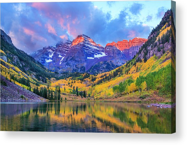 Scenics Acrylic Print featuring the photograph Autumn Colors At Maroon Bells And Lake by Dszc