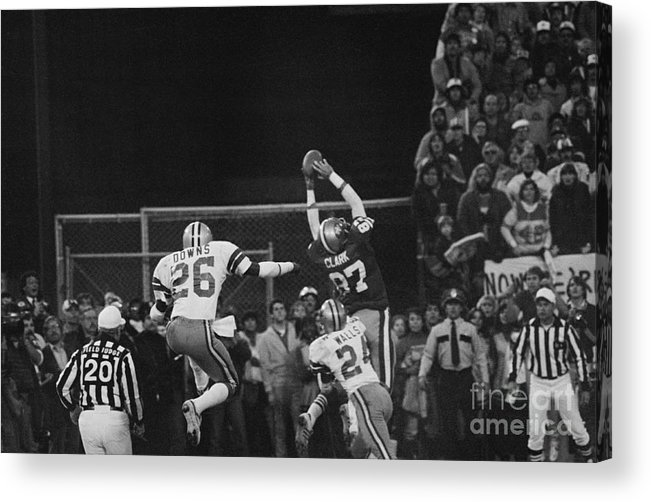 Playoffs Acrylic Print featuring the photograph Dwight Clark In Air During Game by Bettmann