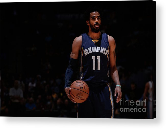 Nba Pro Basketball Acrylic Print featuring the photograph Memphis Grizzlies V Denver Nuggets by Bart Young
