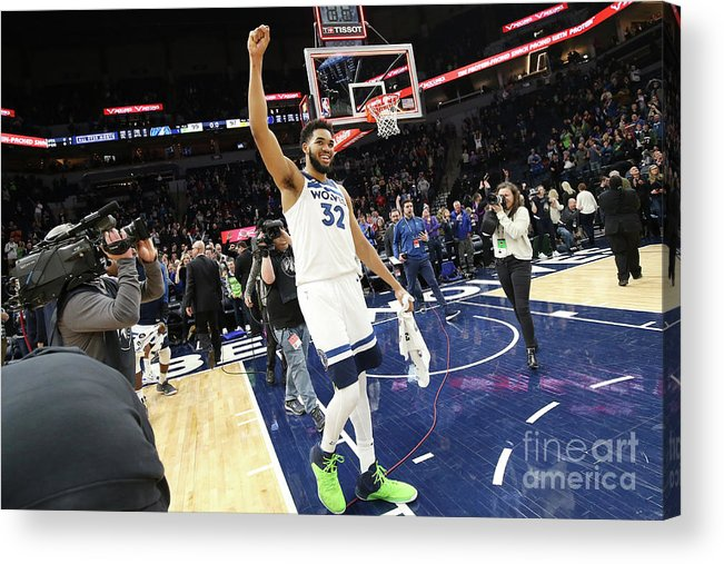 Nba Pro Basketball Acrylic Print featuring the photograph Memphis Grizzlies V Minnesota by David Sherman